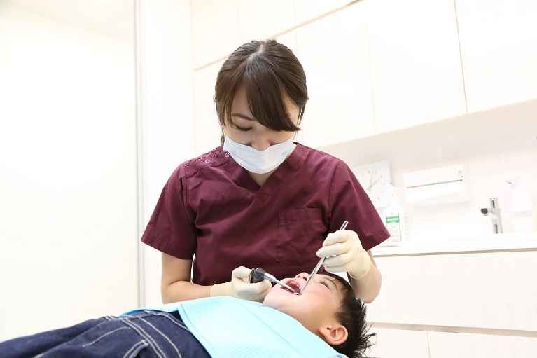子供の口臭の歯医者でできる対策方法